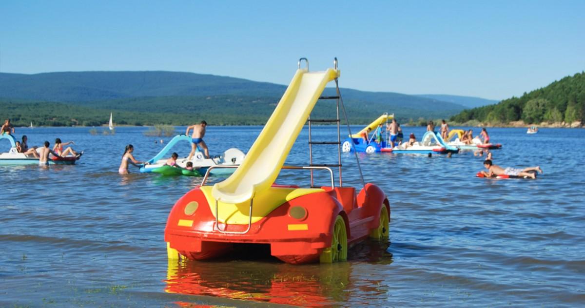 PIRAGUAS, PEDALINAS ACUÁTICAS Y PADDLE SURF JUNTO AL CAMPING!